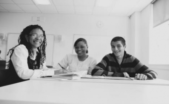 Free program guides middle school students towards college success