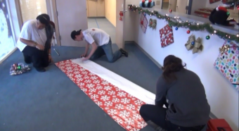 VIDEO: The Volunteer Center of Sacramento decorates for Christmas events