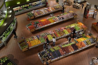 Tax Breaks for Grocery Stores to Stop Food Deserts