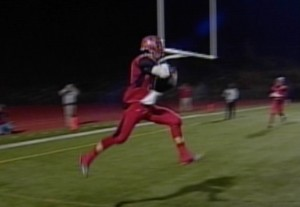 Antelope wide receiver Ryan McCombs catches a 13 yard TD pass from Montel Aaron vs. Sacramento High.